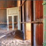 Urban exploring Kolmanskop Namibie